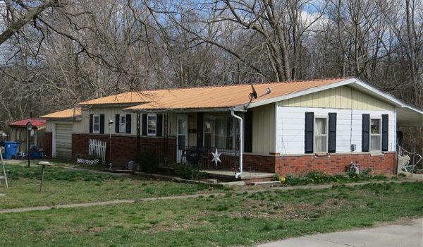 HOUSE AUCTION – MARY ANN TRACY