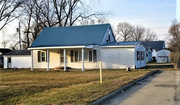 REAL ESTATE AUCTION – Max Balding
